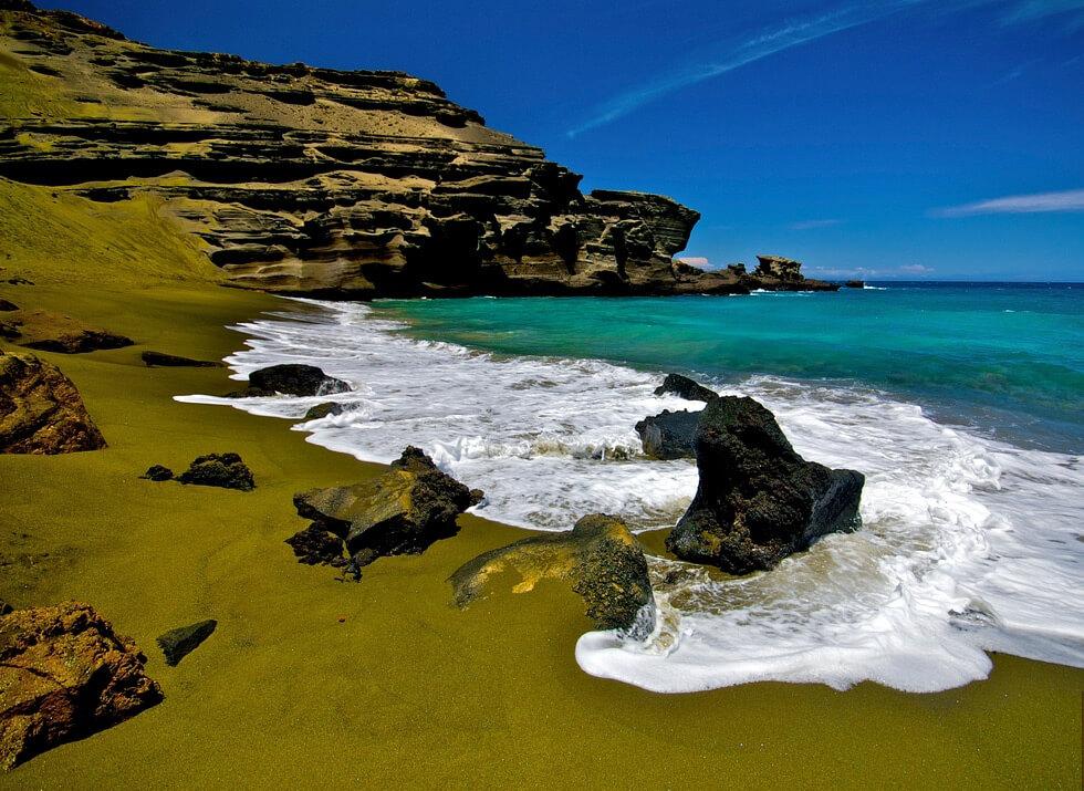 Praia Papakolea