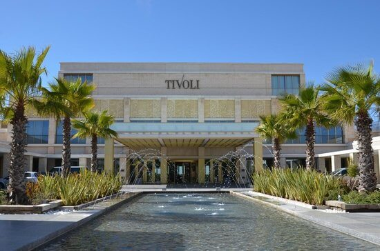 entrada do hotel tivoli